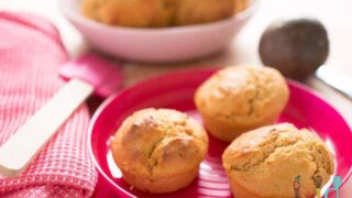 Passionfruit and yoghurt cupcake-muffins
