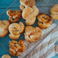Savoury easy bake pretzels