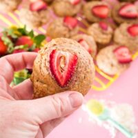 strawberry smoothie breakfast muffins
