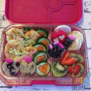 love hearts lunchbox full