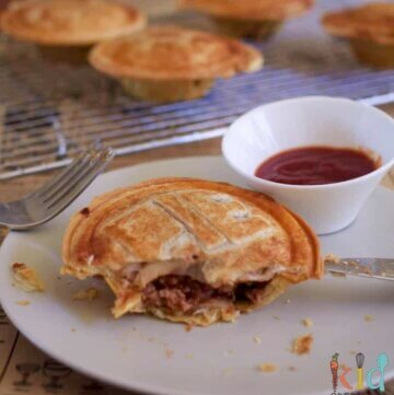lamb and veggie pies