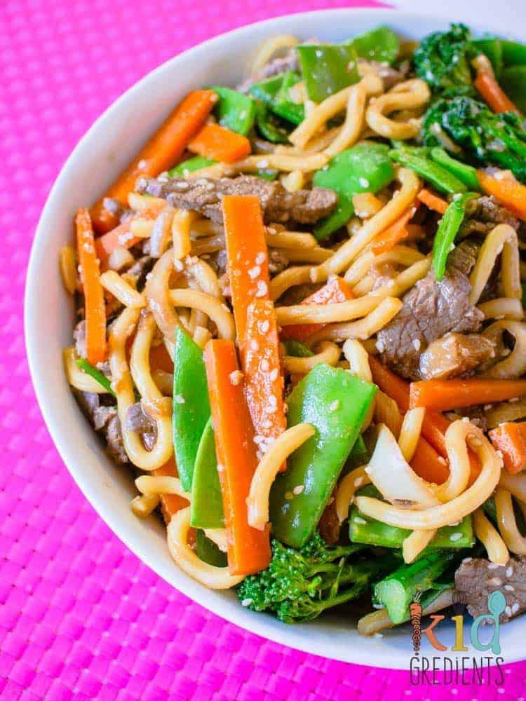 bulgogi style beef with noodles and veggies