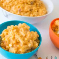 Sweet potato macaroni and cheese - a healthy orange cheesy pasta