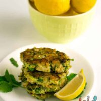 Zucchini and pea brown rice fritters