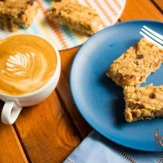 Tropical banana and pineapple oat bars: dairy free, egg free and refined sugar free. The perfect make and freeze recipe for breakfast. Great for breakfast on the go!