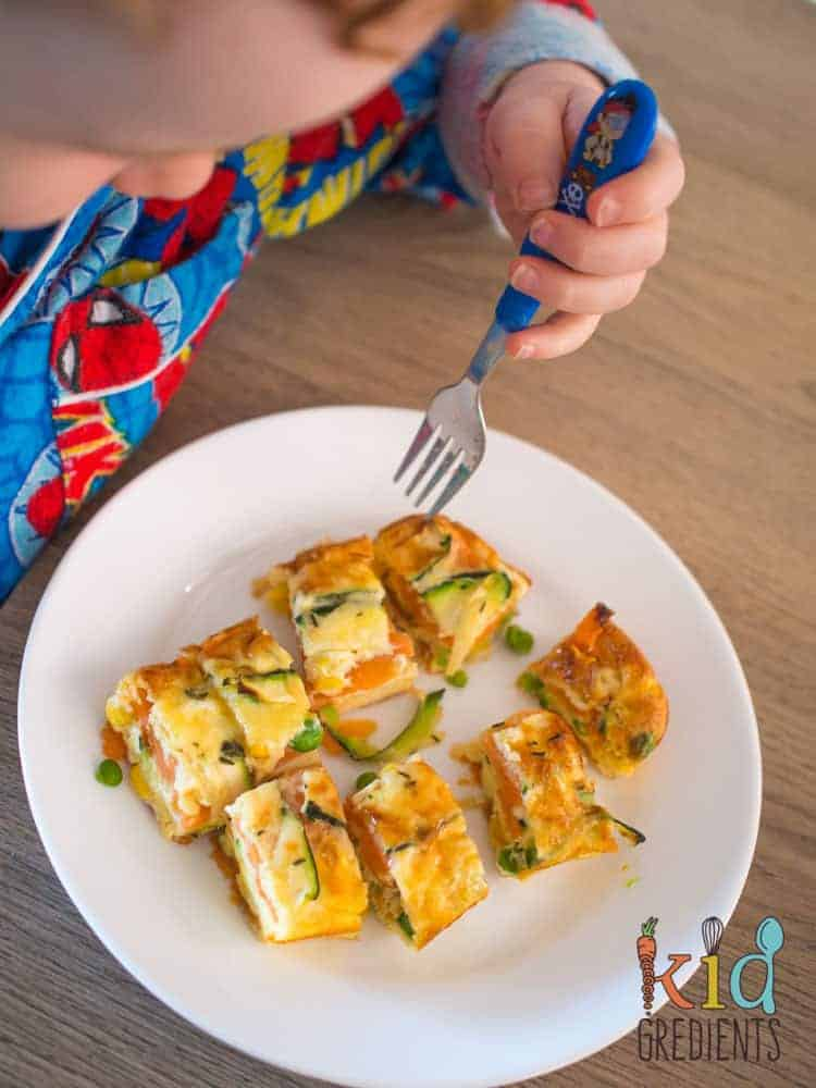 Perfect for breakfast and great in the lunchbox, this sweet potato and zucchini healthy strata bake is jam packed full of veggies. Kid and freezer friendly. Great way to start the day with extra veggies!