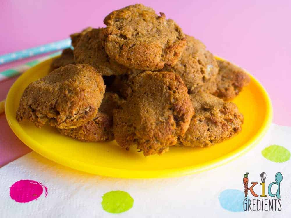 snack time? 4 ingredients weetbix banana cinnamon cookies