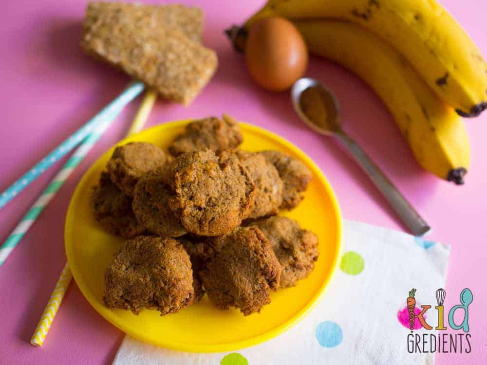 4 ingredient weetbix banana cinnamon cookies