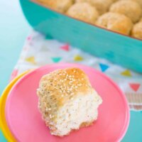 No knead chia seed wholemeal rolls