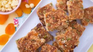 Apricot and white choc crunch slice