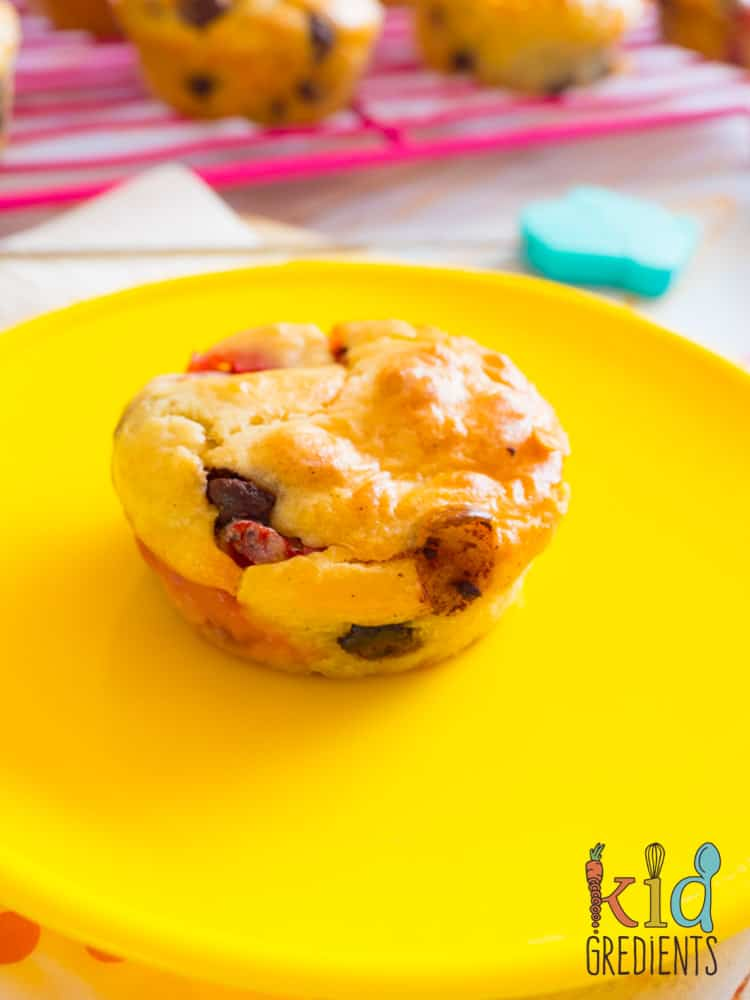 strawberry choc chip mascarpone muffins