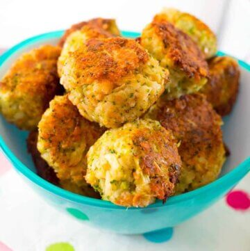 Cheesy broccoli bites from the new Healthy Mummy Book!