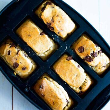 Choc chip chia mini loaves, no added refined sugar!