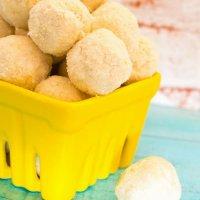 Lemon coconut bliss balls, nut free!
