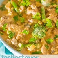 The tastiest ever beef stroganoff, packed with veggies and perfect for a one pot weeknight meal the whole family will love!