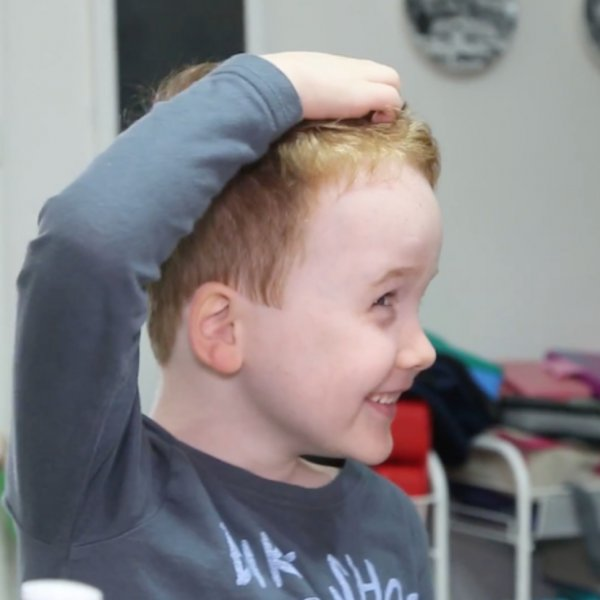 how to treat the first signs of headlice