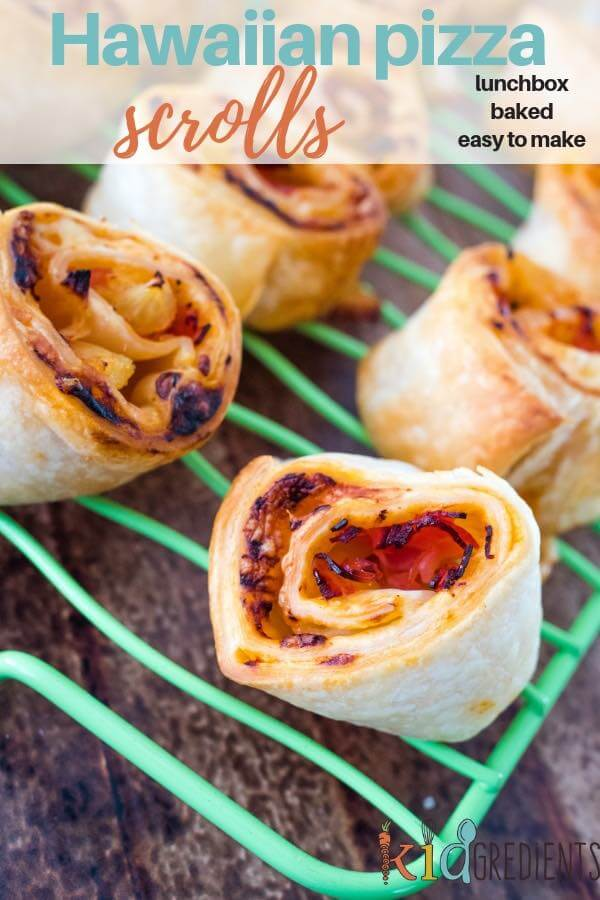 These Hawaiian pizza scrolls are quick to make and perfect for the lunchbox.  Freezable and super kid friendly, they will be a lunchbox winner. #kidsfood #kidgredients #pizza #scrolls #hawaiian #pineapple #lunchbox
