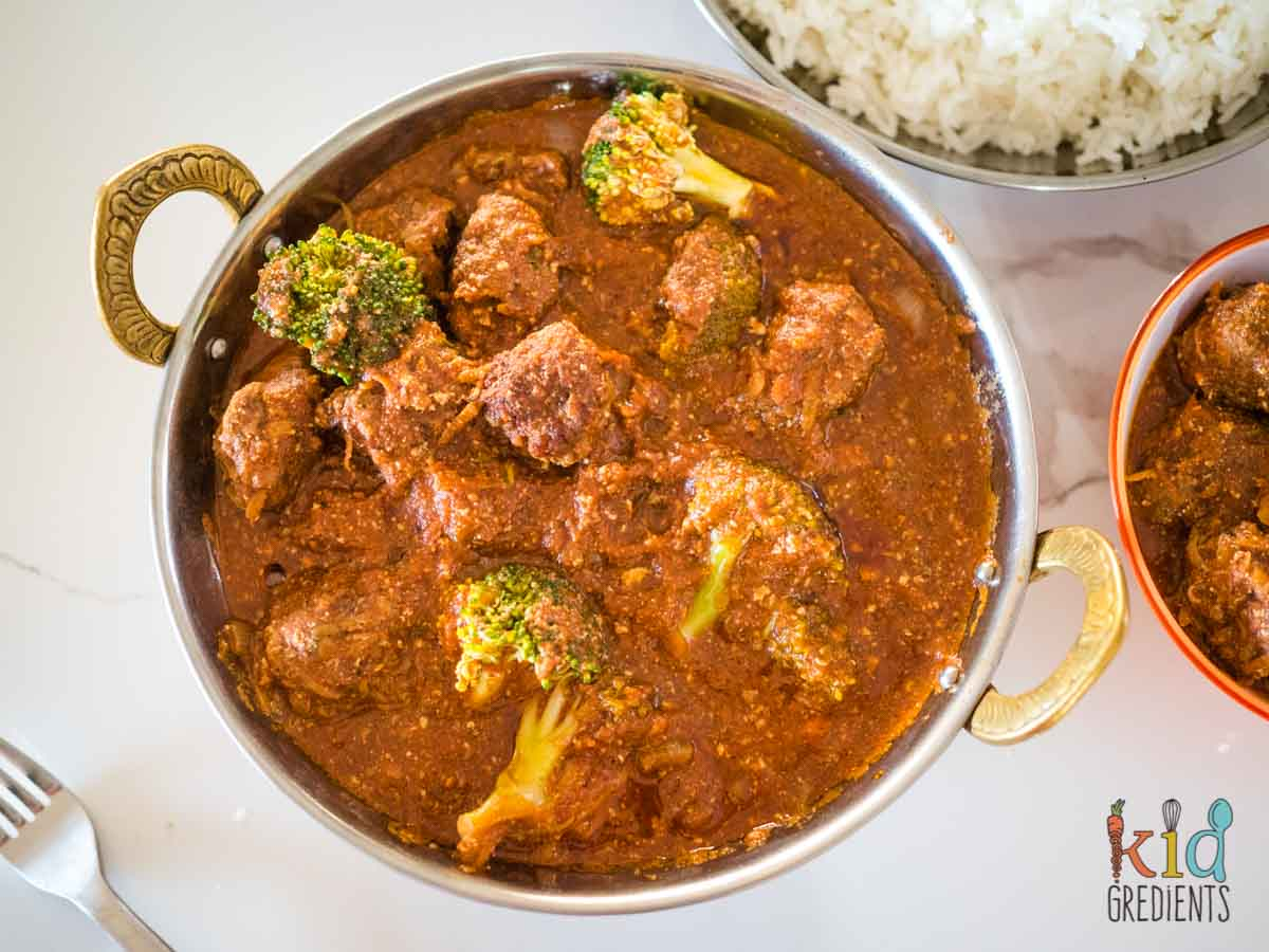 Bowl of beef mince curry meatballs
