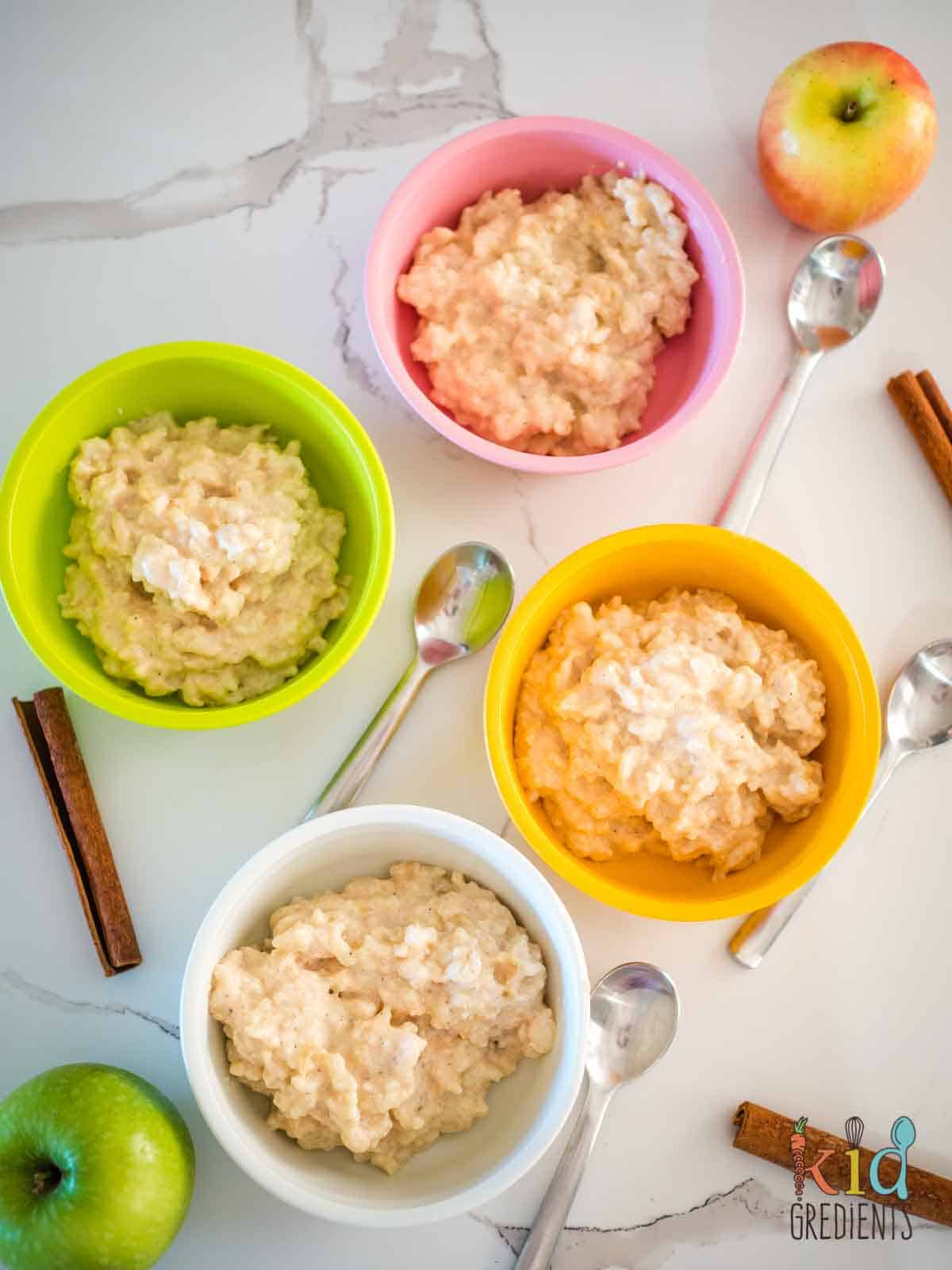 apple and cinnamon rice pudding in bowls