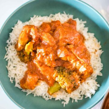 healthier butter chicken in a bowel on a bed of rice